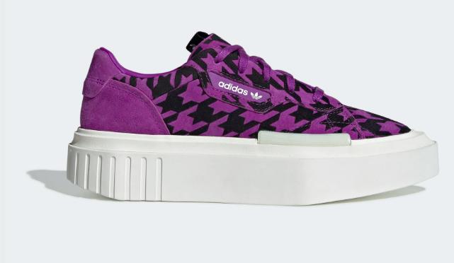 Colourway: Active Purple/Off White/Cream White