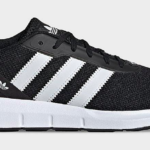 Adidas Swift Run Lateral View